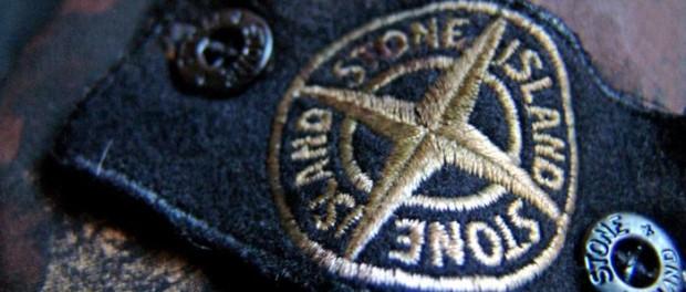 Klasyczne sztuki – Stone Island Handpainted Camouflage Field Jacket